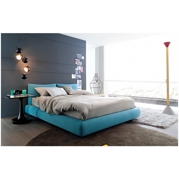 Poliform Bed with Lift-Up Storage